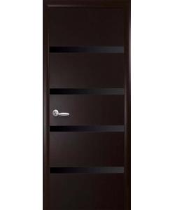 Межкомнатные двери «Новый Стиль» Нота с черным стеклом коллекция Квадра